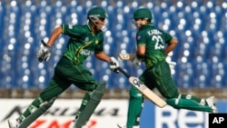 ورلڈ کپ کے اپنے پہلے میچ میں پاکستان نے ٹاس جیت کر بیٹنگ کا فیصلہ کیا
