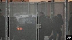 Продолжен притворот на тројца упасени за тероризам во Данска