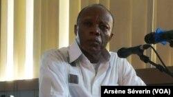 Le général Jean-Marie Michel Mokoko, jugé et condamné à 20 ans de reclusion. (VOA/Arsène Séverin)