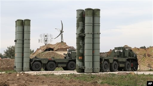 Пакистан критикует военную сделку Индии и России