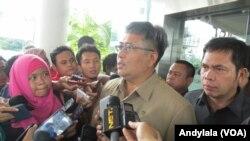 JAM Pidsus Arminsyah memastikan pihak penyelidik Kejaksaan Agung berpegang pada keterangan dari para ahli yang membenarkan adanya suara Setya Novanto, Kamis, 4 Februari 2016 (Foto: VOA/Andylala)