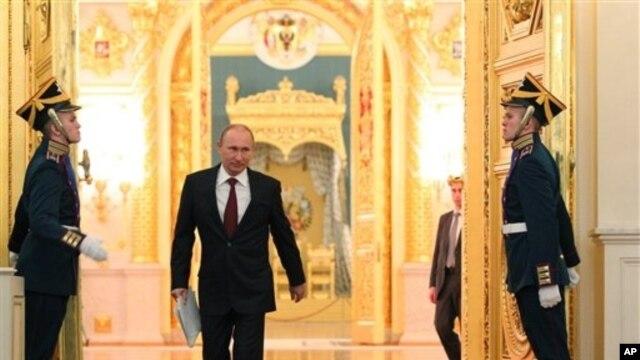 Ruski predsednik Vladimir Putin pred obraćanje naciji u Kremlju, 12. decembra 2012.