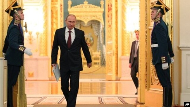 Russian President Vladimir Putin befor state-of-the nation address at the Kremlin, Moscow, Russia, Dec. 12, 2012.