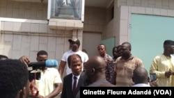 Candide Azannaï au domicile de Boni Yayi à Cotonou, Benin, le 1er mai 2019. (VOA/Ginette Fleure Adandé)