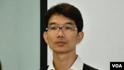 國際特赦組織香港分會總幹事譚萬基指香港警方在6-12清場行動有使用過度武力。(美國之音湯惠芸拍攝)