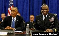 Eski ABD Başkanı Barack Obama ve General Lloyd Austin