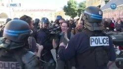 Sarı Yelekliler 19. Kez Hükümeti Protesto Etti