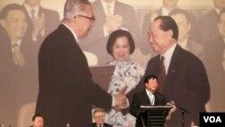 辜汪会谈20年-两岸提出政治对话从民间开始