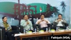 Diskusi tentang polemik survei,rekayasa atau realita di Jakarta, Jumat, 22 Maret 2019. (Foto: VOA/Fathiyah)