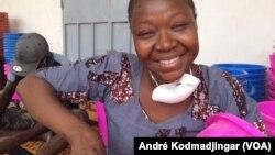 Nétoua Ernestine le Néribar présidente de l'association Femme Aussi, au Tchad, le 2 avril 2020. (VOA/André Kodmadjingar).