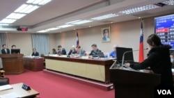 台陆委会主委:持续和对岸沟通,争取李明哲早日回台