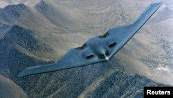 အေမရိကန္ B-2 ဗံုးက်ဲေလယာဥ္