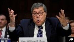 Ứng viên Bộ trưởng tư pháp Mỹ William Barr khai chứng trước Ủy ban Tư pháp Thượng viện trong ĐIện Capitol, ở Washington, ngày 15 tháng 1, 2019.
