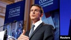 Yeni terörle mücadele planını açıklayan Fransa Başbakanı Manuel Valls