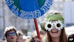 El mundo celebró el lunes 22 de abril de 2019 el Día de la Tierra. Fundadores del movimiento que acumula 49 celebraciones predicen que el 2020 será un año crucial en la movilización global para exigir cambios económicos y políticos a favor de preservar el planeta.