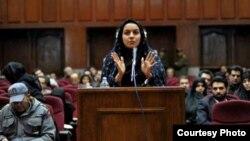 25일 처형당한 레이하네 자바리가 생전에 법정에서 증언하는 모습 (자료사진)