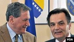 Richard Holbrooke i Haris Silajdžić