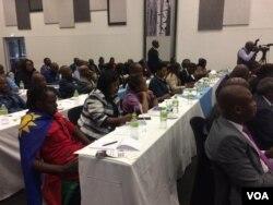 Abangene umhlangano obuqoqwe yisigodlo weZimbabwe kwele Botswana.