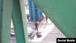 خودکشی یک زن جوان در میدان رسالت تهران - عکس آرشیوی