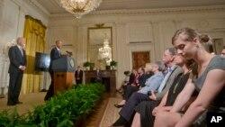El presidente Obama destacó que solo un 12 por ciento de las mujeres atacadas sexualmente, informa a la policía.