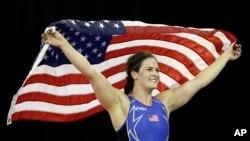 Adeline Gray, campeona estadounidense de lucha libre en los Juegos Panamericanos de Mississauga, Ontario, tres veces campeona mundial, es favorita para ganar la medalla de oro en su especialidad en las Olimpiadas de Brasil.