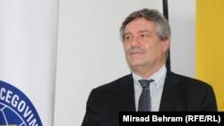 Tužilac Haškog tribunala Kenneth Scott boravi u Mostaru, 8. novembar 2017.