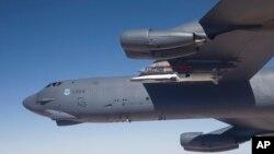 지난해 5월 미 공군이 개발 중인 X-51 극초음속 비행체의 시험비행을 실시했다. 비행체는 B-52H 폭격기에서 발사된 후 태평양 상공을 비행했다. (자료사진)