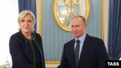 """Зустріч Путіна та Марін Лє Пен, лідера """"Національного фронту"""""""