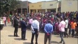 Kandida Philippe Mpayimana mu bikorwa kwiyamamaza mu Karere ka Musanze.