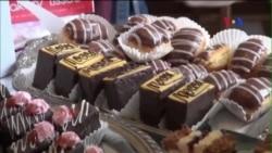 Lễ hội sôcôla hút khách bất chấp thời tiết giá lạnh
