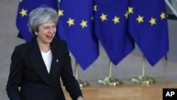 La primera ministra británica, Theresa May, llega a una cumbre de la UE sobre Brexit en Bruselas, el jueves 13 de diciembre de 2018.