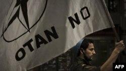 NATO Dışişleri Bakanları Berlin'de Libya'yı Görüşüyor