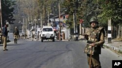 آرشیف: عسکر هندوستانی در کشمیر تحت ادارۀ هند