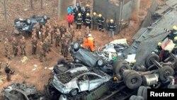 중국 허난성에서 1일 발생한 트럭 폭발 사고 현장.