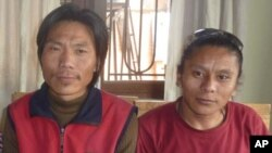 Kelsang Nordup (left) and Tashi Dawa