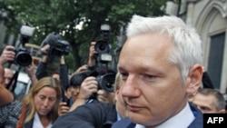 London məhkəməsi Wikileaks-in təsisçisini İsveçə təhvil vermək barədə qərar çıxarıb