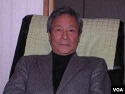 长年研究中日关系的横浜大学名誉教授矢吹晋认为,横在中日之间的领土纠纷会持续下去(美国之音歌篮拍摄)