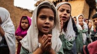 پاکستان میں تعلیم سے محروم بچوں کی تعداد اڑھائی کروڑ