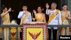 Thailand's King Maha Vajiralongkorn, Queen Suthida, Princess Bajrakitiyabha, Prince Dipangkorn and Princess Sirivannavari Nariratana are seen at the balcony of Suddhaisavarya Prasad Hall at the Grand Palace in Bangkok, May 6, 2019.
