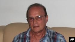 J Gonçalves economista angolano