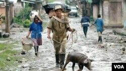 La comunidad de San José de Apartadó, ha sido víctimas de numerosos ataques por parte de las guerrillas colombianas.