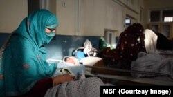 په افغانستان کې هر کال شاوخوا ۴۳۰۰ میندې د ولادت پر وخت او یا د ولادي اختلاطاتو له وجې مري