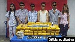 ရန္ကုန္တုိင္းေဒသႀကီး၊ မရမ္းကုန္းၿမိဳ႕နယ္တြင္ စိတ္ၾကြရူးသြပ္ေဆးျပား ၆ သိန္းေက်ာ္ ဖမ္းဆီးရမိ(ဓါတ္ပံု- Yangon Police Facebook)