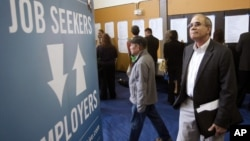 美國失業率跌破8%的水平(資料圖片)