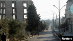 Jalan raya utama yang melewati pegunungan Qalamoun ini berhasil direbut kembali oleh pasukan yang setia kepada Bashar al-Assad (foto: dok).