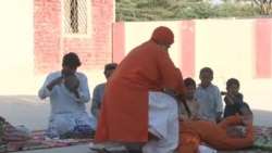 Pakistan Snake Charmers Feed Poison to Infants and Sleep With Cobras