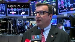 NYSE traders react to markets' decline, Aug. 24, 2015