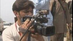 Pakistan'da Militanlar Okul Servis Aracını Taradı