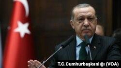 Presiden Turki Recep Tayyip Erdogan mengecam rencana Presiden AS Donald Trump untuk mengakui Yerusalem sebagai ibu kota Israel dalam pidato di depan parlemen di Ankara (5/12).