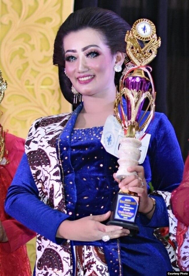 Pemenang kategori Kebaya Terindah (foto: courtesy).